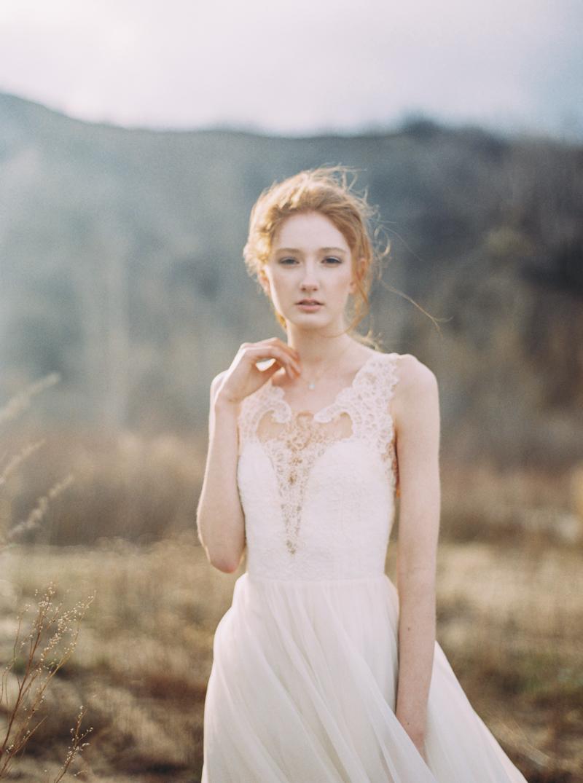 artur-zaitsev-photography-toronto-editorial-videographer-scarborough-bluffs-wedding-intimate-wedding-toronto-engagement-1