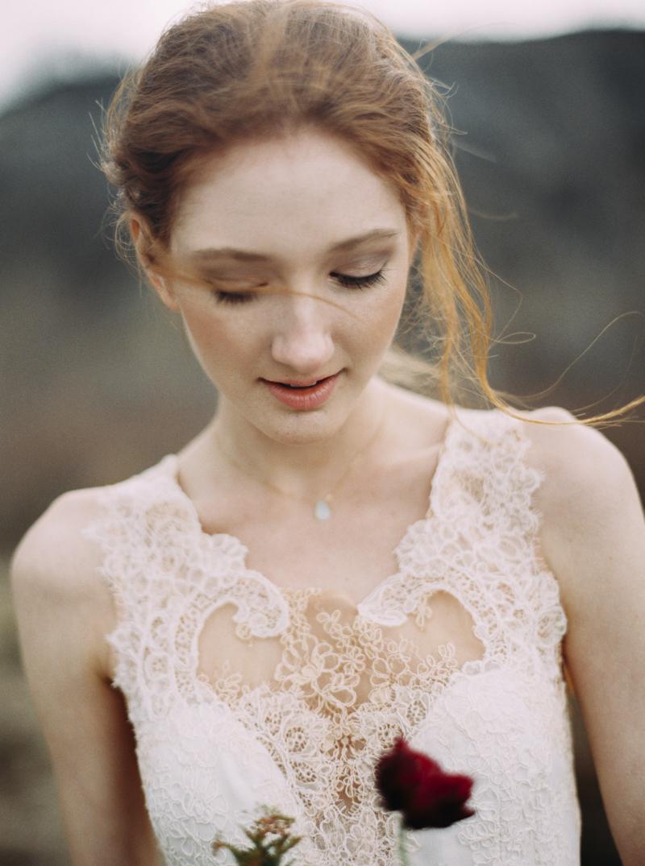 artur-zaitsev-photography-toronto-editorial-videographer-scarborough-bluffs-wedding-intimate-wedding-toronto-engagement-17