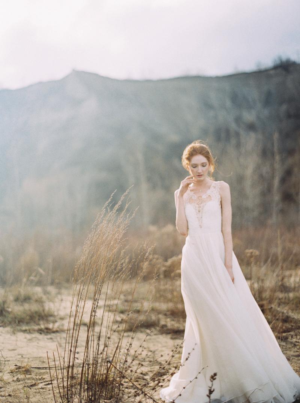 artur-zaitsev-photography-toronto-editorial-videographer-scarborough-bluffs-wedding-intimate-wedding-toronto-engagement-2