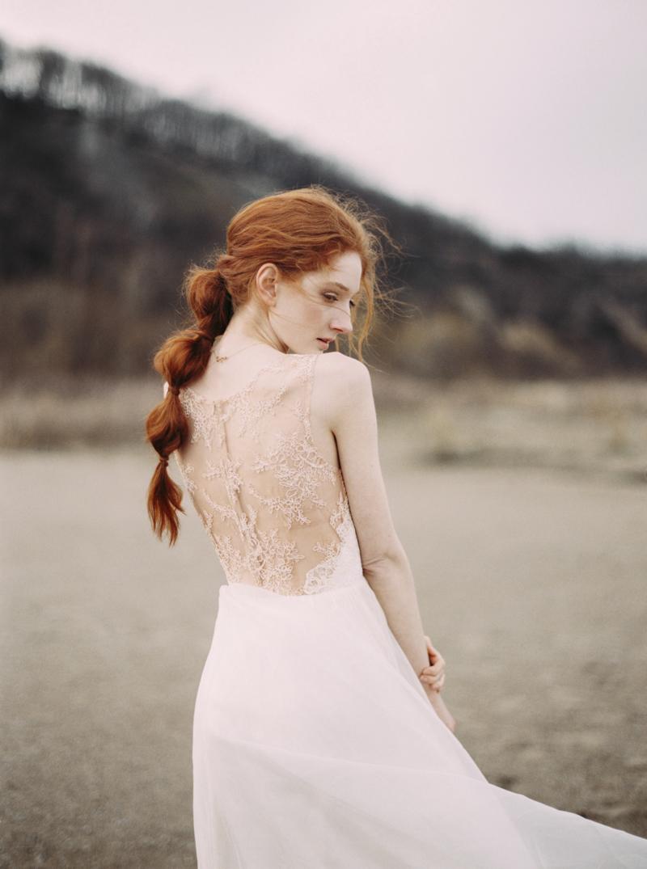 artur-zaitsev-photography-toronto-editorial-videographer-scarborough-bluffs-wedding-intimate-wedding-toronto-engagement-9