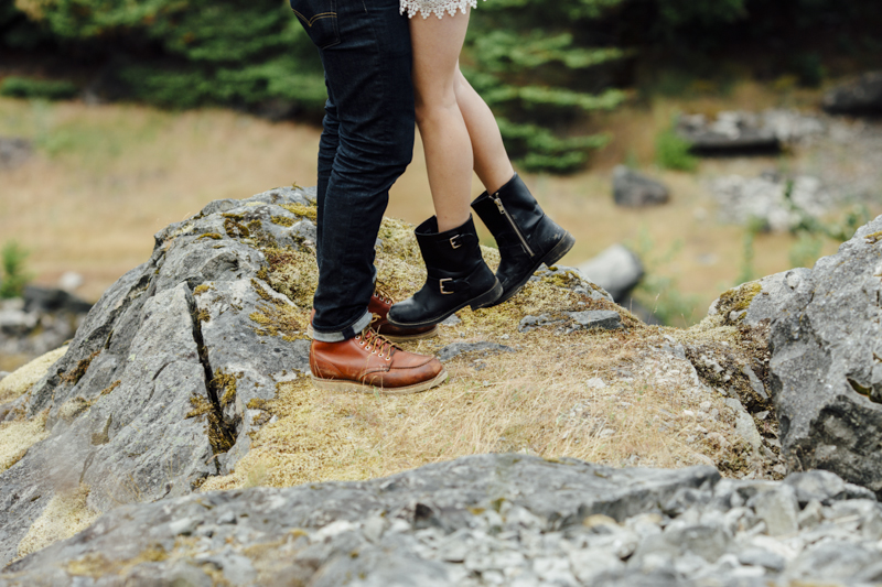 Gorge-Engagement-Oregon-Photography-Portland-Artur-Zaitsev-Wedding-Adventure-32