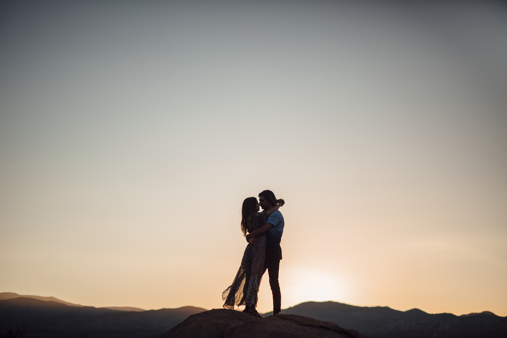 Joshua_Tree_Engagement_Couple_Wedding_California_Photography_Artur_Zaitsev-38