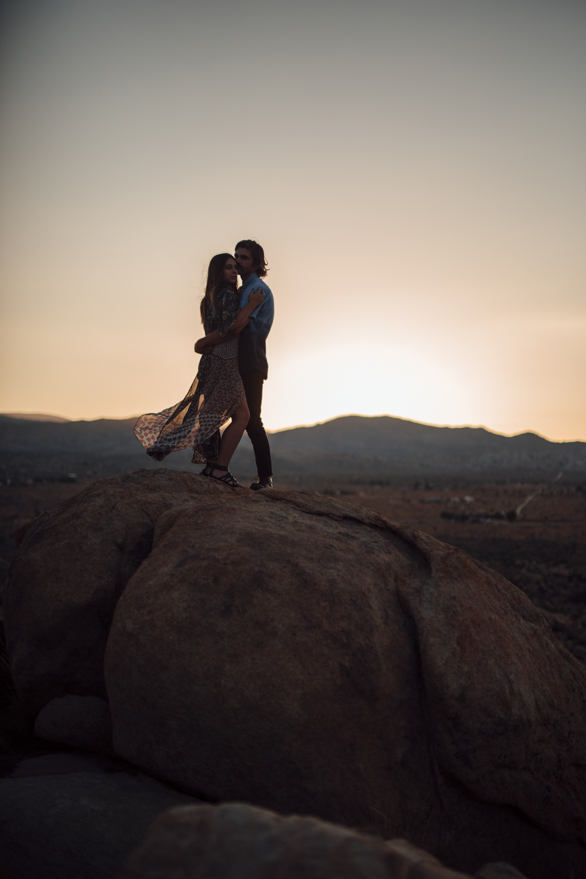 Joshua_Tree_Engagement_Couple_Wedding_California_Photography_Artur_Zaitsev-44